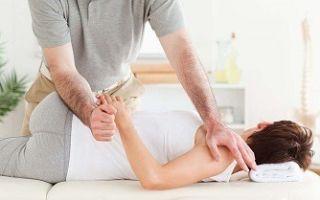 Мануальная терапия при 1, 2 степени сколиоза: польза и техника проведения