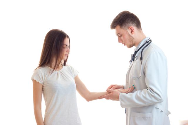 Развитие посттравматического артроза: симптомы и лечение