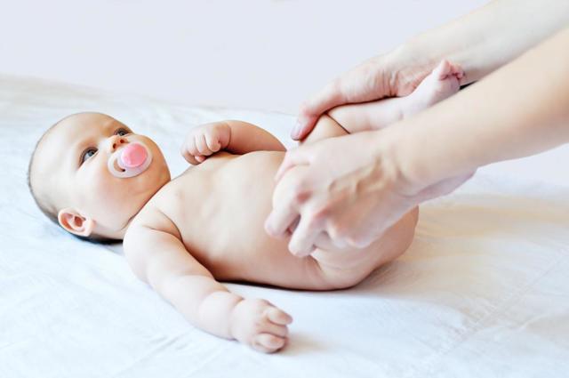 Врожденный вывих бедра — причины, симптомы и лечение
