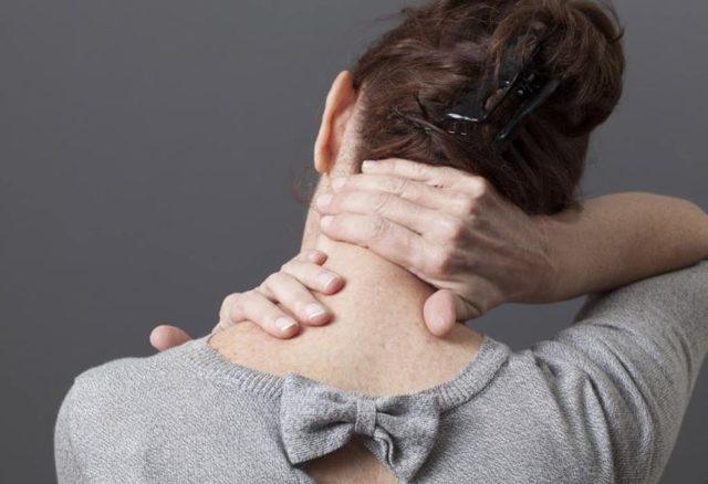 Протрузия дисков шейного отдела позвоночника: подробно о заболевании