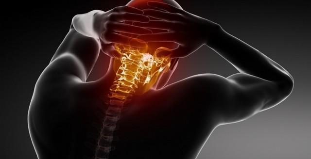 Ушиб шеи: симптомы, первая помощь, способы лечения