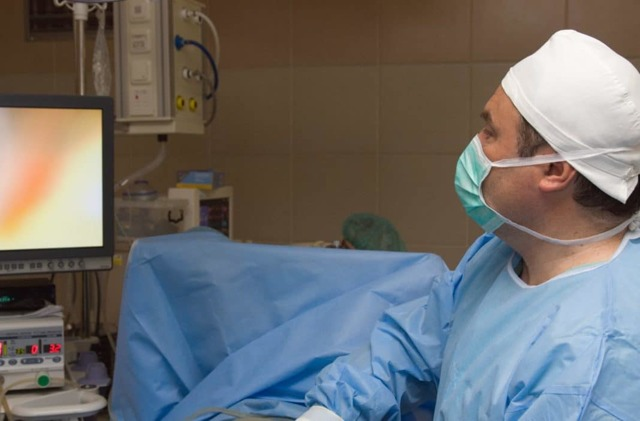 Остеома лобной пазухи: причины, симптомы, лечение и операция