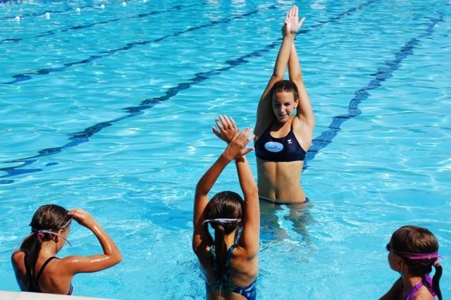 Виды спорта при сколиозе: чем можно и нельзя заниматься