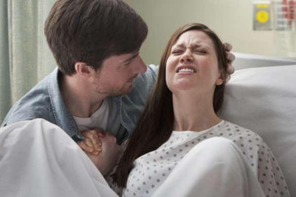 Перелом ключицы у новорожденного: первая помощь и лечение
