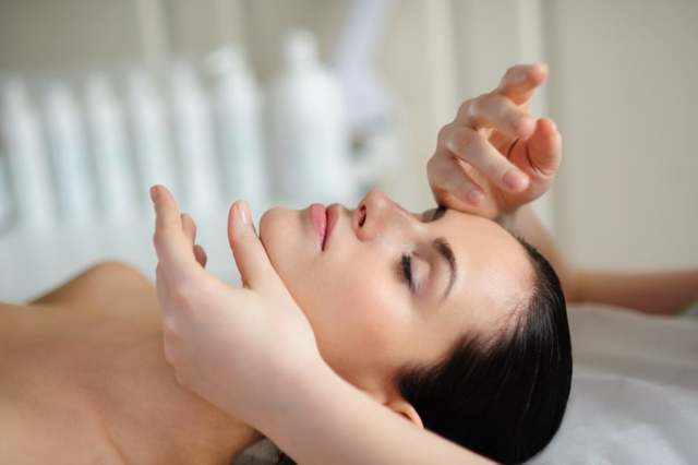 Массаж Шиацу — действенная помощь при болях в суставах