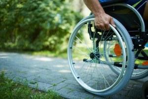 Инвалидность при сколиозе: степени, условия получения