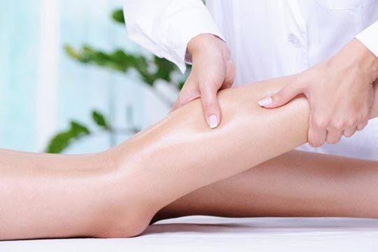 Мышечный спазм: причины, первая помощь и лечение