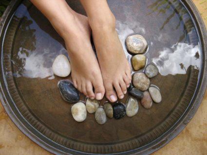 Можно ли парить ногу при пяточной шпоре