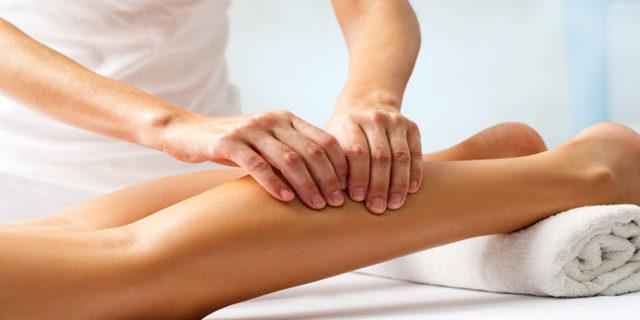 Почему болят икры ног — причины, лечение и профилактика