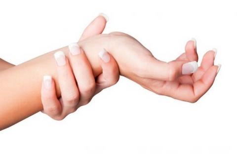 От чего немеют пальцы на руках