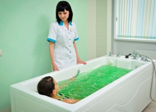 Лечебные ванны при остеохондрозе в домашних условиях