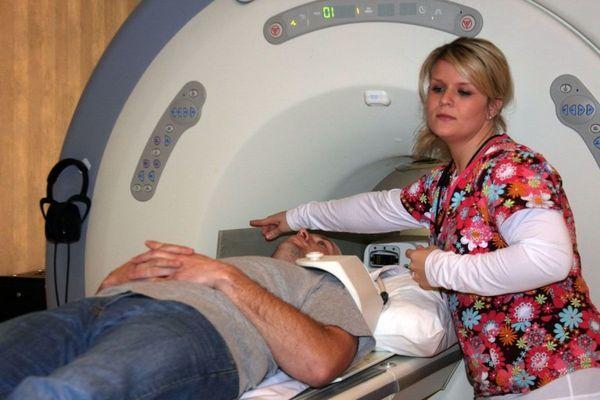 МРТ плечевого сустава: что показывает и как подготовиться