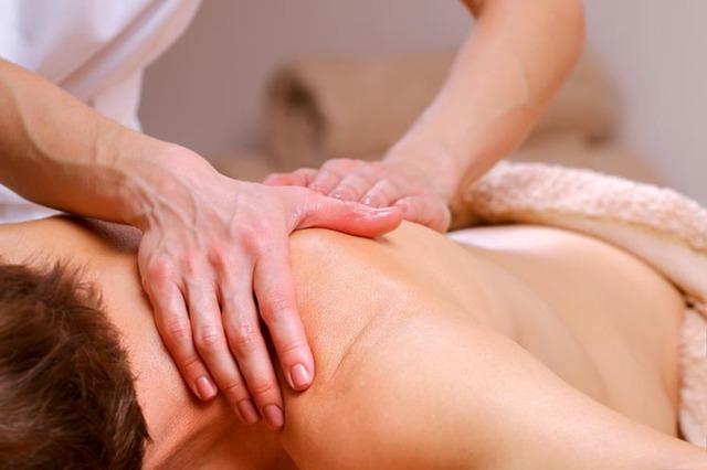 Киста на шее — причины, симптомы, лечение и диагностика