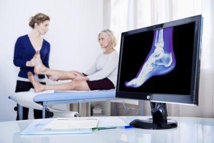 Перелом плюсневой кости стопы: причины, лечение и симптомы
