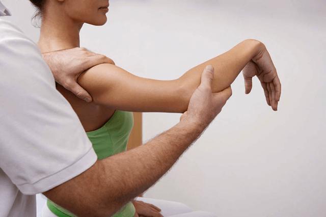 Врач кинезиолог: кто это и какие заболевания он лечит