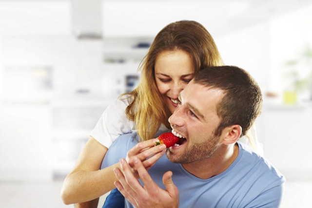 Употребление клубники при подагре — польза или вред