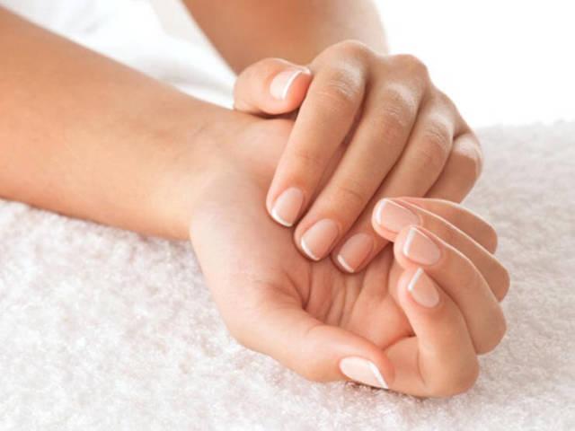 Самомассаж рук — польза и техника выполнения
