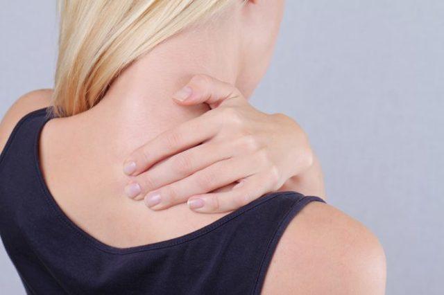 Вдовий горб: причины, профилактика, способы лечения