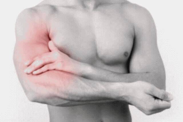 Болит рука от плеча до локтя: причины и лечебные меры