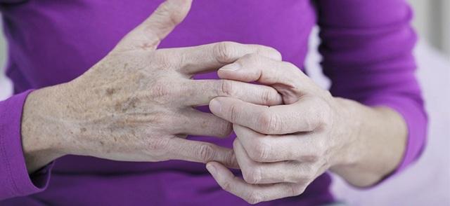 Артроз кистей рук: причины, симптомы и способы лечения