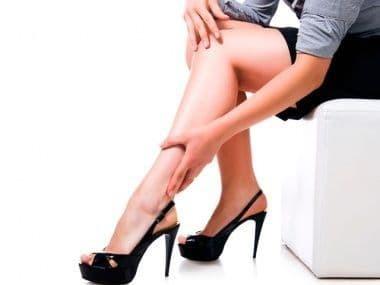 Болят ноги после родов: причины и лечебные меры