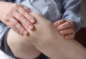 Лопнула гигрома: что делать, как лечить и чем может грозить