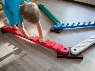 Упражнения при плоскостопии у детей 6-10 лет: подробно в картинках