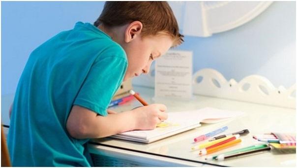 Нарушение осанки у детей: виды, причины, лечение