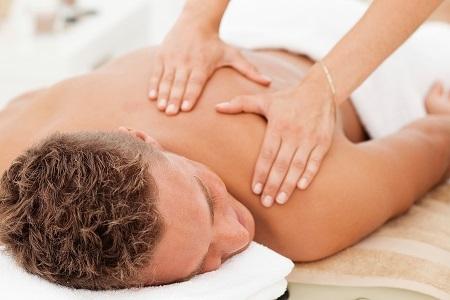 Спазм мышц спины: причины, симптомы и лечение