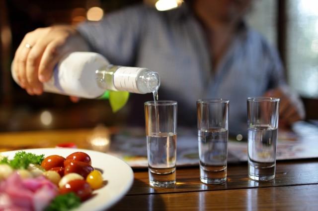 Алкоголь при подагре: влияние на болезнь